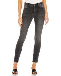 Anine Bing Gabe jean en color negro talla 24 en Coal - Black. Talla 24 (también en 25).