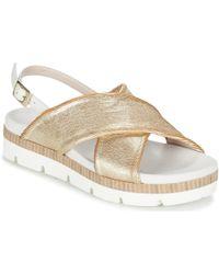 61b06728d29c Gucci Juliette Strappy Flat Sandals in Metallic - Lyst