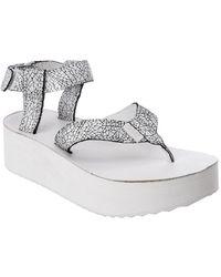 130e9e42478 Teva Women s Flatform Crackle Leather Sandal in White - Lyst