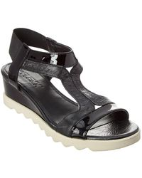 The Flexx The Give A Hoot Leather Wedge Sandal - Black