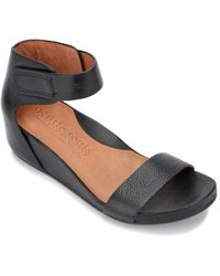 Gentle Souls By Kenneth Cole Judith Easy Strap Leather Sandal - Black