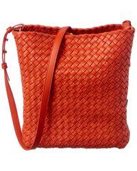 Bottega Veneta Cabat Intrecciato Leather Bucket Bag - Red
