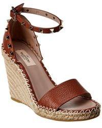 Valentino Rockstud 100 Leather Wedge Sandal - Brown