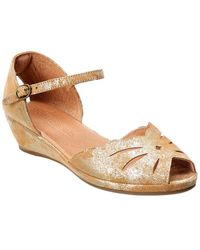 Gentle Souls By Kenneth Cole Lily Moon Suede Sandal - Metallic