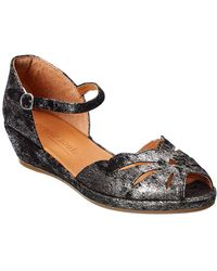 Gentle Souls By Kenneth Cole Lily Moon Suede Sandal - Multicolour