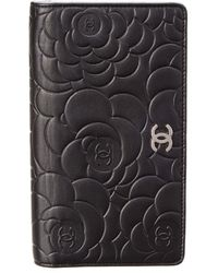 Chanel - Black Embossed Leather Camellia Wallet - Lyst