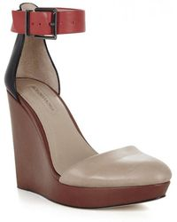 0891b22b17e5 BCBGMAXAZRIA - Dame Colour Block Leather Wedge Sandal - Lyst