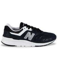 New Balance Women's Sneaker - Black - Size 7.5