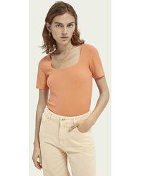 Scotch & Soda Geribbeld T-shirt Met Vierkante Hals - Oranje