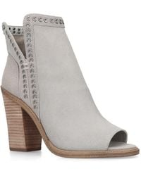 Vince Camuto Womens Kemelly - White
