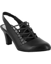 0dd6abdffb3 Lyst - Bandolino Berry Leather Kitten-Heel Pumps in Black
