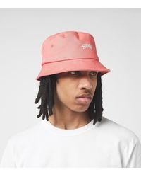 Stussy Stock Logo Bucket Hat - Rojo