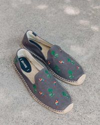 Soludos Palms And Parrots Smoking Slipper - Grey