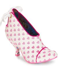 Irregular Choice Low Boots Love Is All Around - Wit