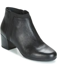 Geox - D Annya Mid Women's Low Ankle Boots In Black - Lyst