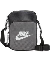 Nike Bolso de mano Heritage 20 - Gris