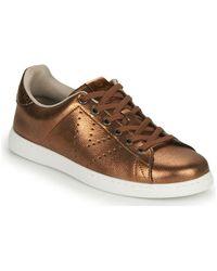 Victoria Lage Sneakers Tenis Metalizado - Bruin
