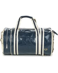 Fred Perry Https://www.trouva.com/it/products/fred-perry-navy-and-ecru-polyurethane-classic-barrel-bag - Blu