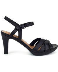 Clarks - Adriel Wavy Women's Sandals In Black - Lyst