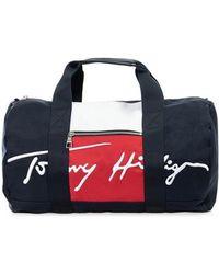 Tommy Hilfiger Sporttasche AM0AM07380DW5 - Mehrfarbig