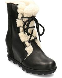 arctic low ankle boots