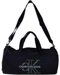 Calvin Klein Bolsa de viaje K50K506349 - Negro