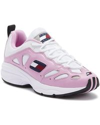 Tommy Hilfiger - Tommy Jeans Retro Womens Pink / White Leather Trainers Sports Trainers (shoes) - Lyst