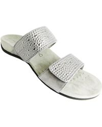 Vionic - Rest Samoa Women's Mules / Casual Shoes In Silver - Lyst