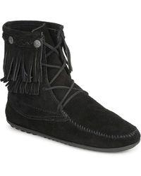 Minnetonka - Suede Tramper Boots - Lyst