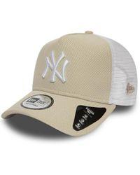 KTZ Casquette MLB New York Yankees Diamond Era Trucker Beige - Neutre