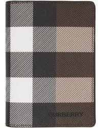 Burberry - ブラウン Eキャンバス ジャイアント チェック Flint バイフォールド カード ケース - Lyst