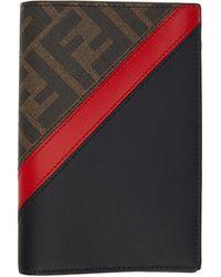 Fendi Etui pour passeport brun et rouge Forever - Multicolore