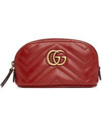Gucci レッド ミニ GG Marmont 2.0 Quilted ジップ ポーチ