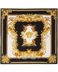 Versace ブラック & ゴールド Renaissance プリント スカーフ