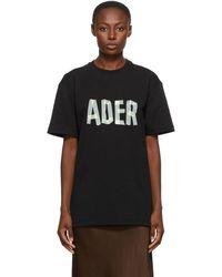 ADER error ブラック ロゴ Masking T シャツ