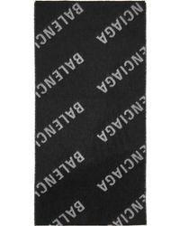 Balenciaga グレー & ブラック オールオーバー ロゴ マフラー