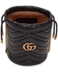 Gucci - ブラック ミニ GG マーモント 2.0 バケットバッグ - Lyst