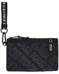 Versace Jeans Couture ブラック オール オーバー ロゴ ポーチ
