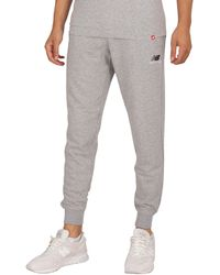 New Balance Essentials Embroidered Joggers - Grey