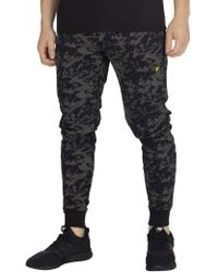 Lyle & Scott - True Black Print Pocket Joggers - Lyst