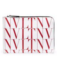 Valentino Garavani Clutch mit VLTN-Print - Weiß