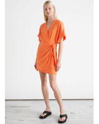 & Other Stories Mini-Wickelkleid Im Kimono-Stil - Orange