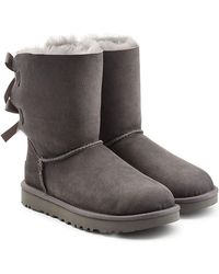 UGG - Short Bailey Bow Suede Boots With Shearling Insole - Lyst