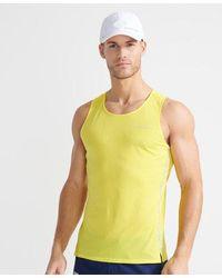 Superdry Sport Camiseta de correr ultraligera y sin mangas de la colección Run - Amarillo