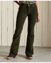 Superdry Slimfit Corduroy Jeans Met Middelhoge Taille En Wijduitlopende P - Groen