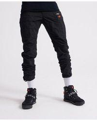 Superdry Pantalones cargo Parachute - Negro