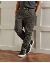 Superdry Pantalones militares con textura Core - Verde