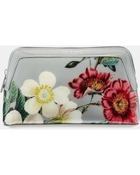 fd06a86b5c06 Ted Baker Palace Gardens Make Up Bag in Pink - Lyst