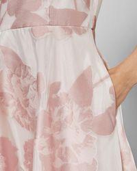 Ted Baker Robe Mi-longue Sans Manches À Imprimé Floral - Rose