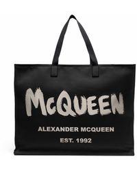 Alexander McQueen Borsa tote con stampa - Nero